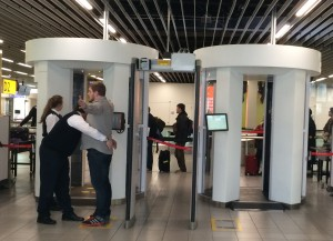 Doppelt genäht hält besser: Security-Prozedur in Schiphol